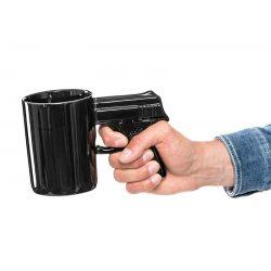Wystrzałowy kubek do kawy herbaty Bandziora pistolet czarny rękojeść napad