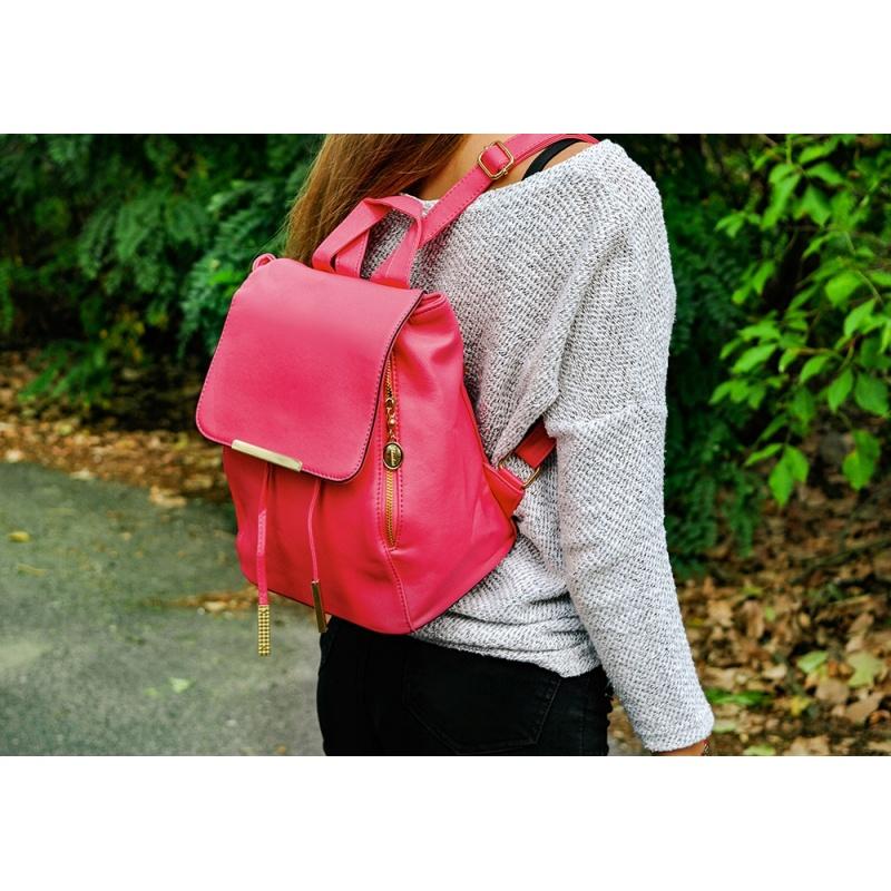 e9bcd2830838a Stylowy plecak damski mały ale pojemny elegancki eko skóra różowy