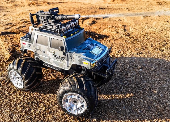 Wojskowy samochód strzelający wodą zdalnie sterowany RC Monster Truck armatka