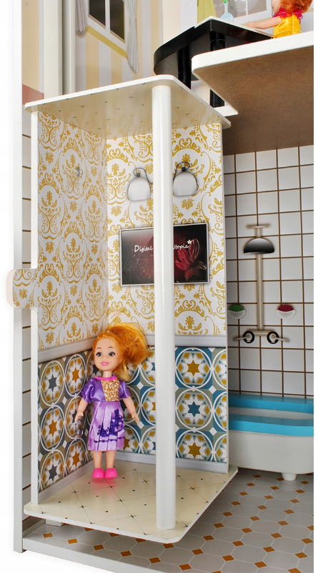 Domek dla lalek z wbudowaną windą