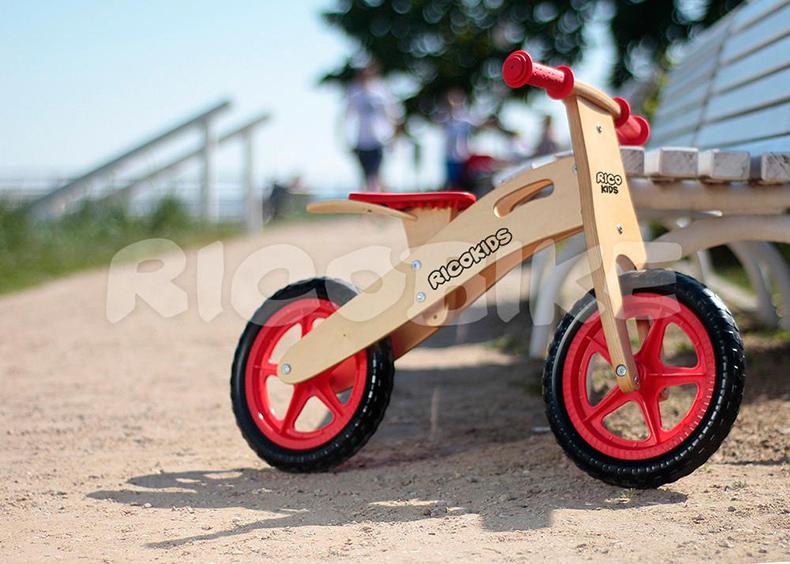 Niesamowity rowerek biegowy RETRO z drewna